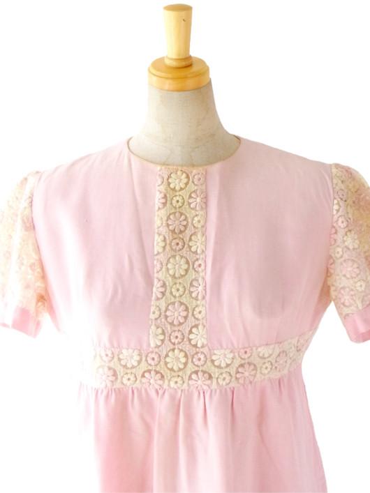 フランス買い付け 60年代製 ピンク 花柄刺繍レース アンティーク ワンピ