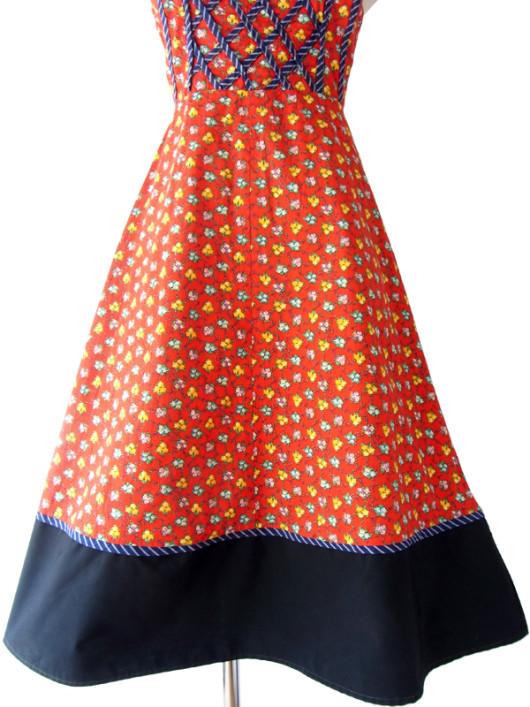 フランス買い付け 60年代製 レッド X ブルー縁取り カラフル花柄 ストラップ ワンピース 15FC207