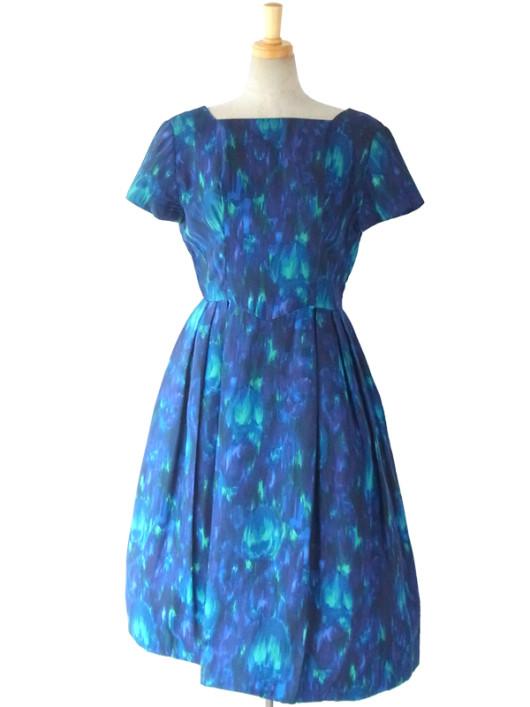 【送料無料】ロンドン買い付け ロイヤルブルー 油彩のようなプリント リボン付き ヴィンテージ サテン ドレス 15OM419【ヨーロッパ古着】