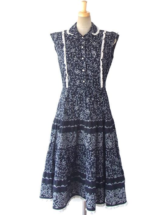 【送料無料】フランス買い付け 60年代製 藍色 X ホワイト 花柄カットワーク生地 ヴィンテージ ワンピース 16FC217【ヨーロッパ古着】