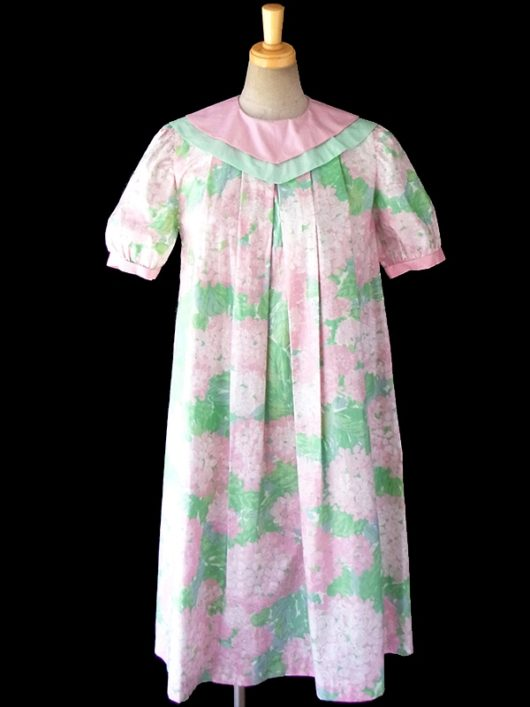 【送料無料】60年代フランス製 ピンク X グリーン・水色 あじさい柄 かわいい襟のチュニック ワンピース 16FC306【ヨーロッパ古着】