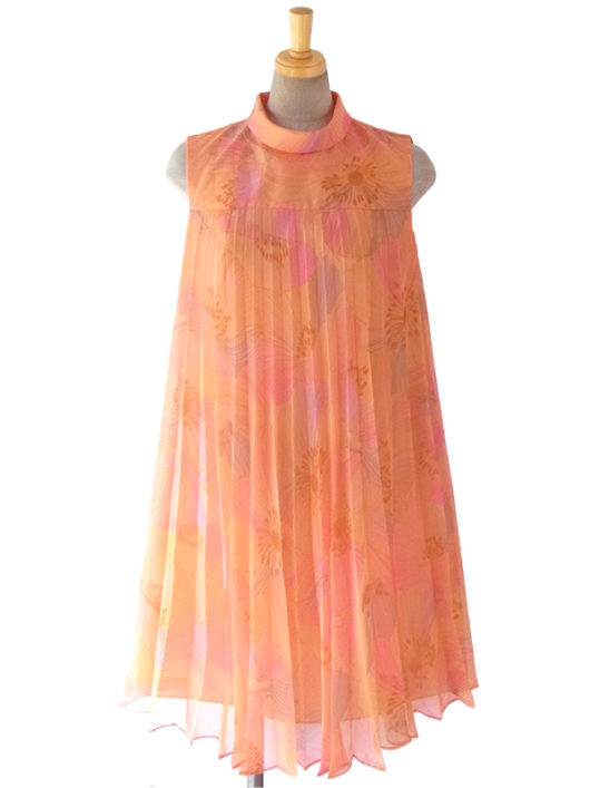 【送料無料】ロンドン買い付け 60年代製 アプリコットオレンジ X 繊細な花柄プリント シフォン地 プリーツ ワンピース 16OM408【ヨーロッパ古着】