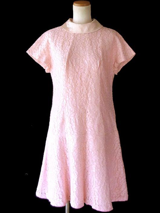 【送料無料】ロンドン買い付け 60年代製 パウダーピンク X 総コードレース ロールカラー ヴィンテージ ドレス 16OM527【ヨーロッパ古着】