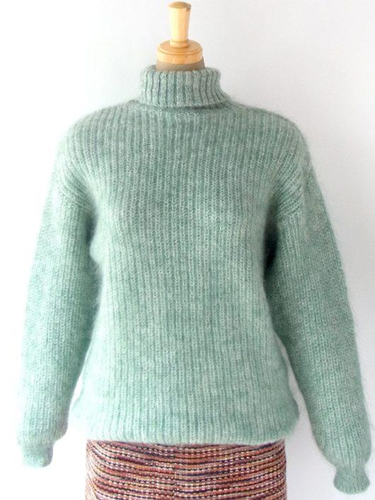 【ヨーロッパ古着】ロンドン買い付け かわいらしいペールグリーン X もこもこモヘア タートルネック セーター 10BS305【おとなかわいい】