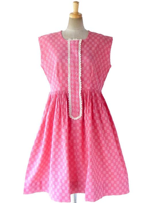 【送料無料】フランス買い付け 60年代製 ピンク X ホワイト刺繍・レース飾り レトロ ワンピース 17FC100【ヨーロッパ古着】