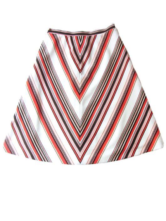 【ヨーロッパ古着】ロンドン買い付け 70年代製 ホワイト X レッド・ブラック・ベージュ バイアス柄 レトロ スカート 17BS030【おとなかわいい】