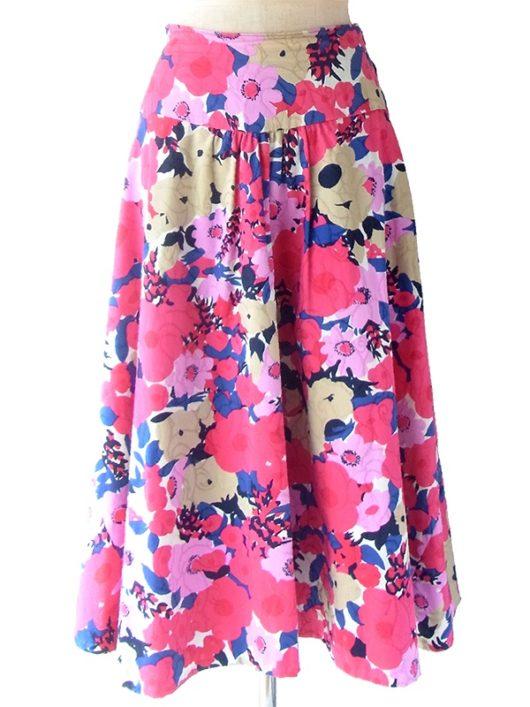 【ヨーロッパ古着】ロンドン買い付け レッド・パープル・ベージュ 花柄プリント X 刺繍の浮かぶ生地 スカート 17BS036【おとなかわいい】