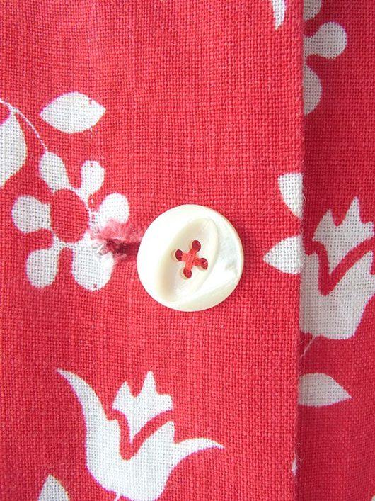【ヨーロッパ古着】ロンドン買い付け 60年代製 レッド X ホワイト 花柄 前開き 心地よい肌触りの生地 スカート 17BS040【おとなかわいい】
