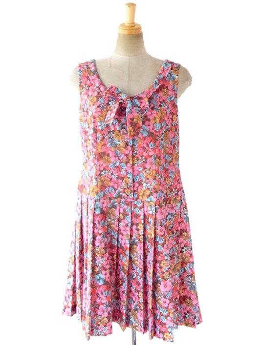 【送料無料】ロンドン買い付け 70年代製 ピンクを基調としたカラフルな花柄 X リボンタイ プリーツ ワンピース 17OM515【ヨーロッパ古着】