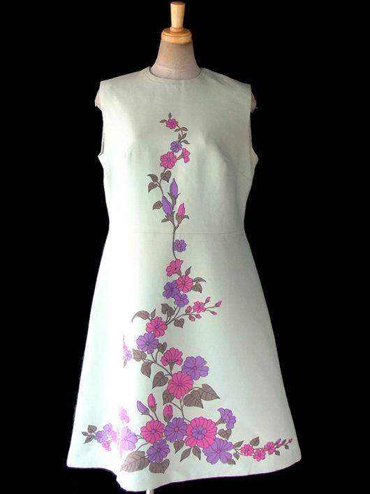 【送料無料】ロンドン買い付け 70年代製 若草色 X ピンク・パープル花柄イラスト レトロ ワンピース 17OM635【ヨーロッパ古着】