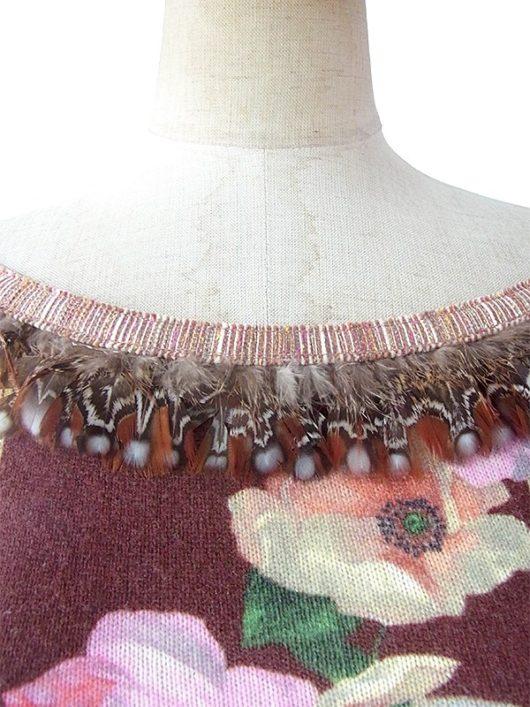 【ヨーロッパ古着】イタリア製 ベージュ X 薔薇プリント 襟・袖羽飾り ウール・カシミア ニット トップス 09UK331【おとなかわいい】