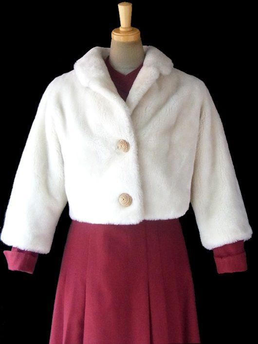 【送料無料】ロンドン買い付け ホワイト リアルファー X レースカバーボタン ショート丈コート 11PO197【ヨーロッパ古着】