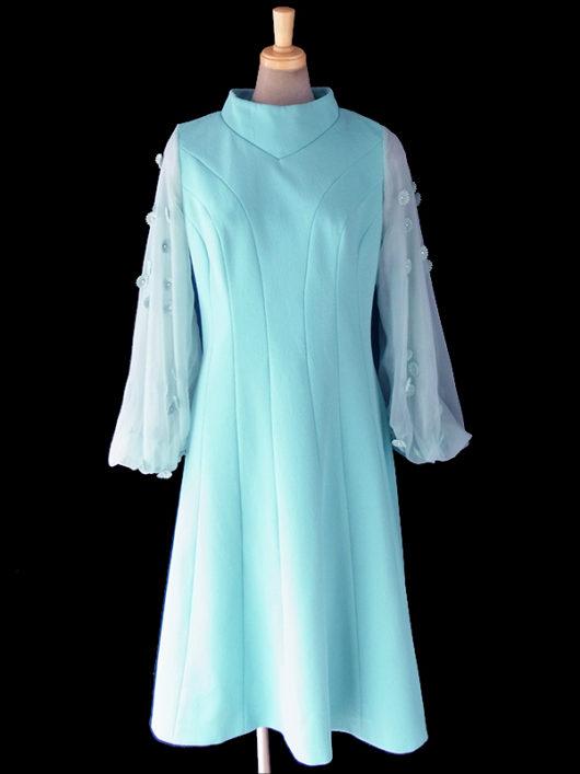 【送料無料】ロンドン買い付け 70年代製 水色 X シフォン地袖 マーガレット装飾 ヴィンテージ ドレス 17OM817【ヨーロッパ古着】