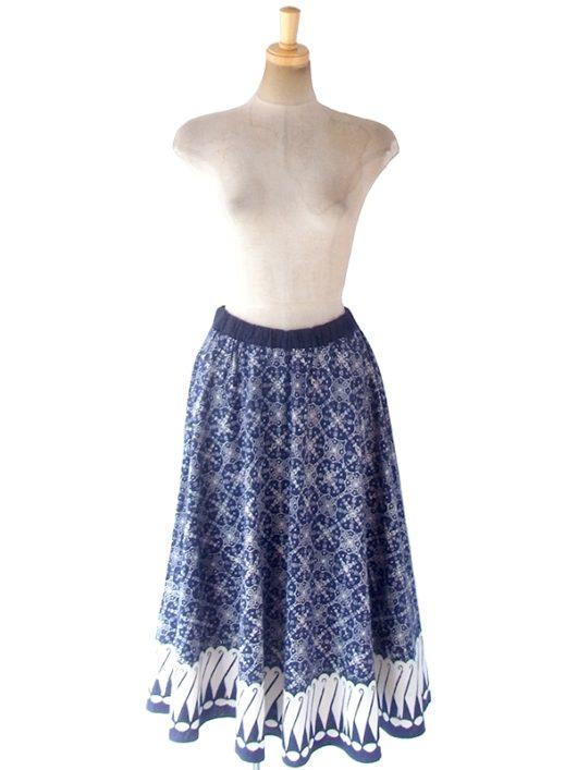 【ヨーロッパ古着】ロンドン買い付け 60年代製 藍色 X ホワイト オーナメント柄 ウェストゴム入り スカート 18BS225【おとなかわいい】