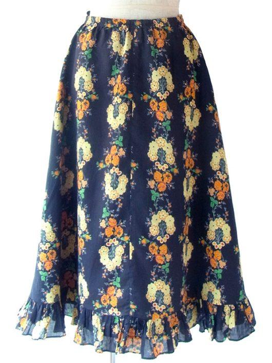 【ヨーロッパ古着】ロンドン買い付け 60年代製 ブラック X カラフル花柄 ギャザー裾 フレア スカート 18BS232【おとなかわいい】