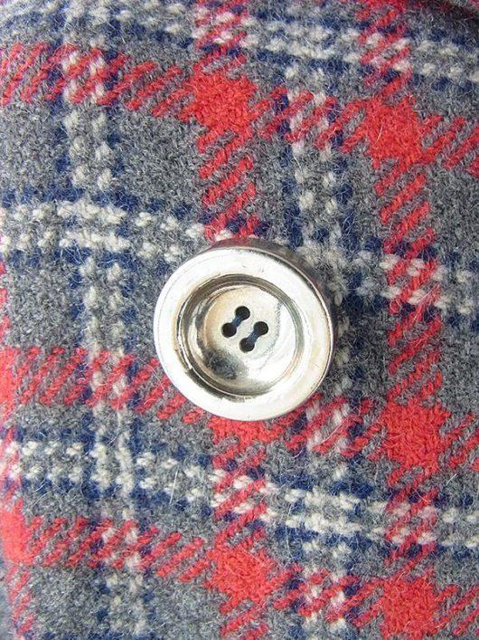 【送料無料】フランス買い付け 60年代製 グレイ X レッド・ブルー 共布ベルト付き 厚手ウール コート 19FC414【ヨーロッパ古着】